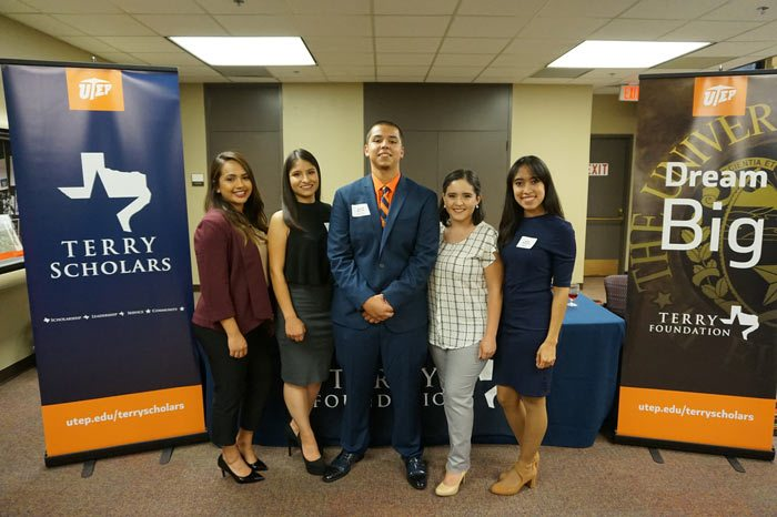 UTEP Welcomes First Class of Terry Transfer Scholars