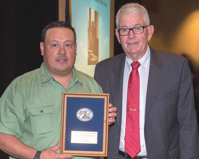El Paso TxDoT Worker wins Statewide Award