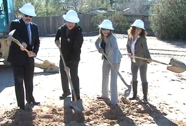 El Paso Zoo breaks ground on new Wildlife Amphitheater