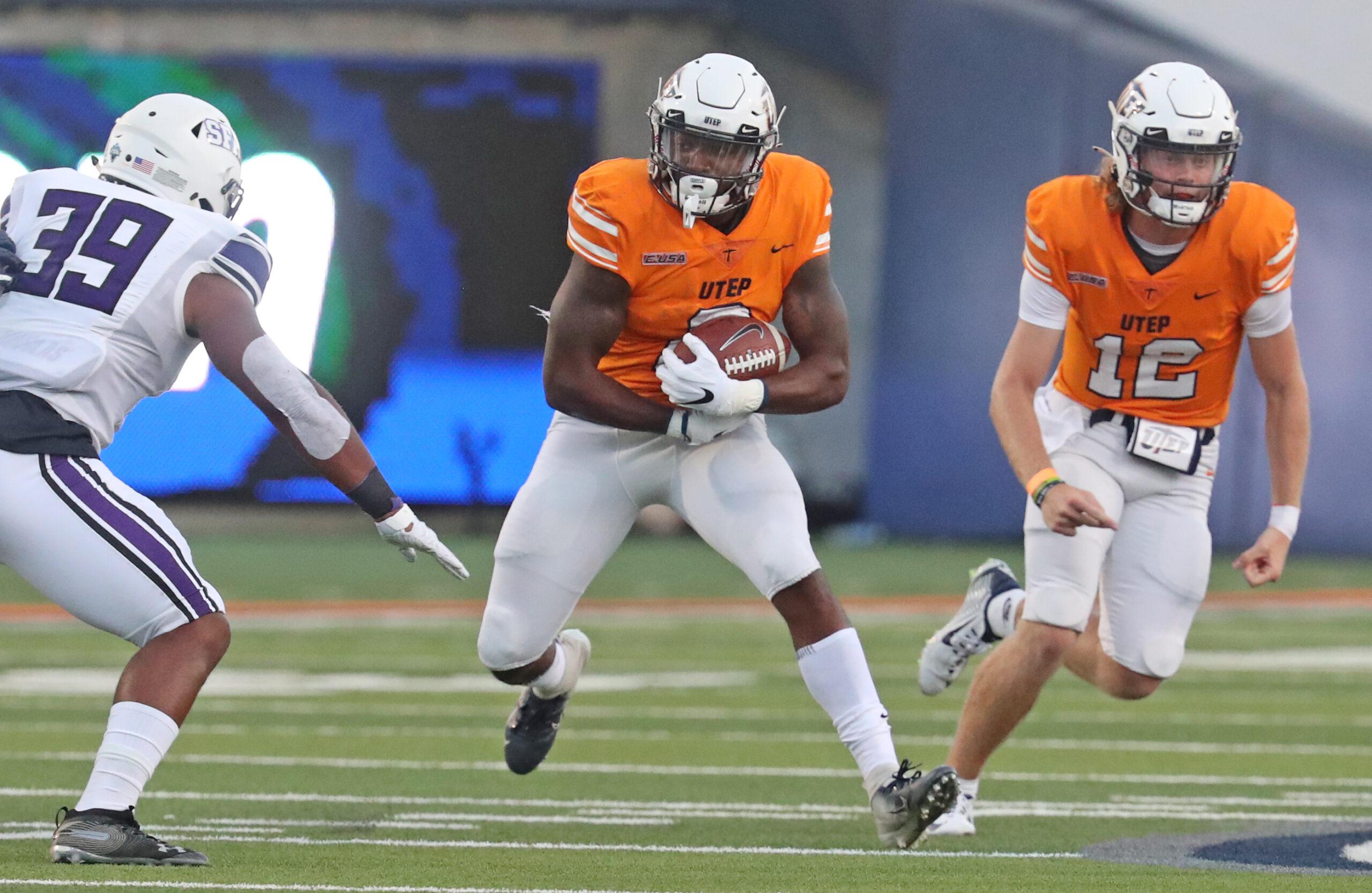 Quardraiz Wadley | Photo by Ruben R. Ramirez/UTEP Athletics