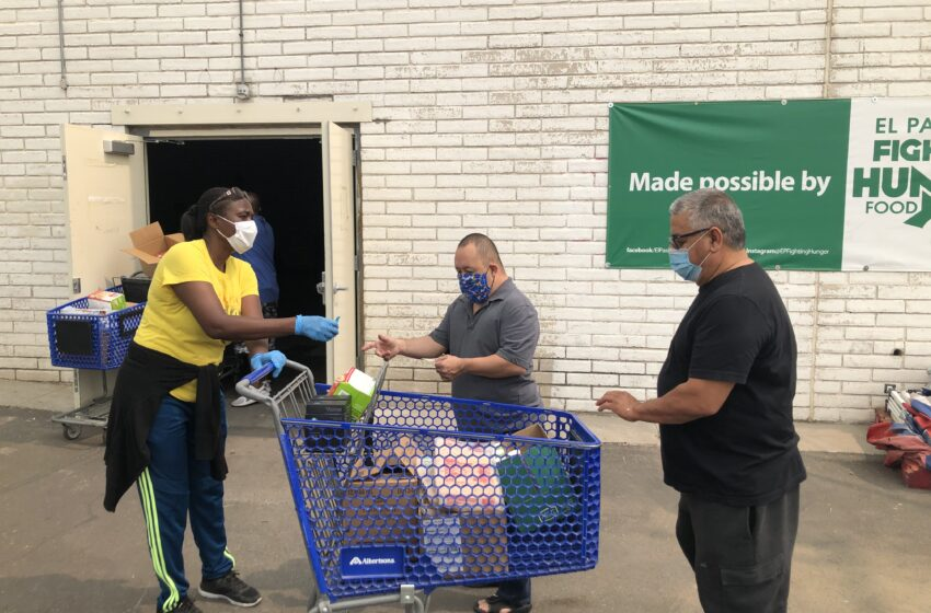 Albertsons donates carts to help Kelly Center for Hunger Relief food distribution program