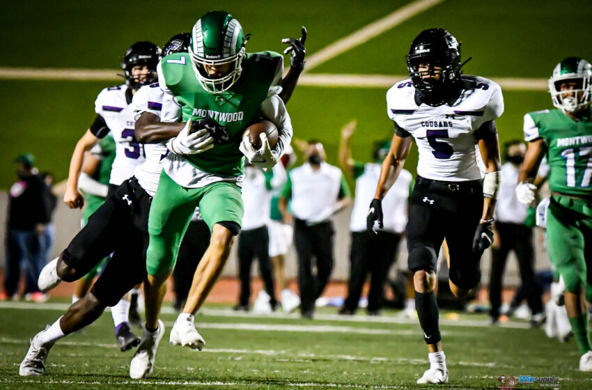 Gallery: Montwood marches past Franklin 49-35