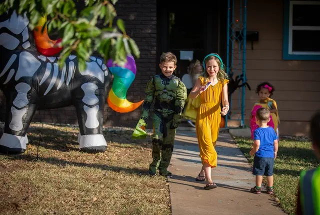 For many Texas kids, trick-or-treating is canceled because of the pandemic. These parents have other plans.