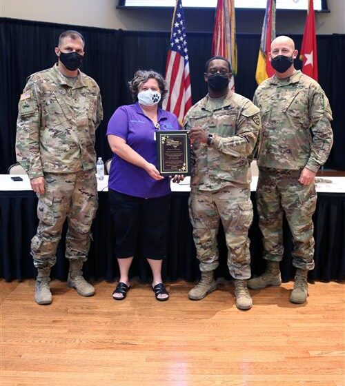 Fort Bliss recognizes soldier volunteers at four EPISD schools