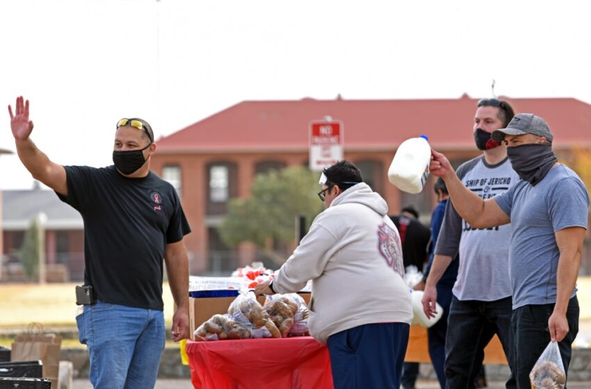 Ft. Bliss Fire Department distributes Thanksgiving meals to Gold Star Families