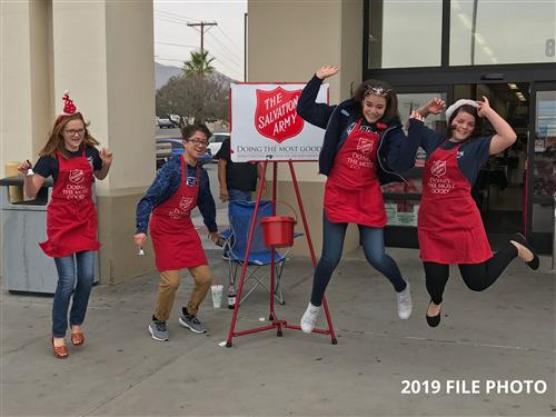 Hornedo NJHS bell ringers are top-ranked Salvation Army fund raisers in El Paso, top 20 in U.S.