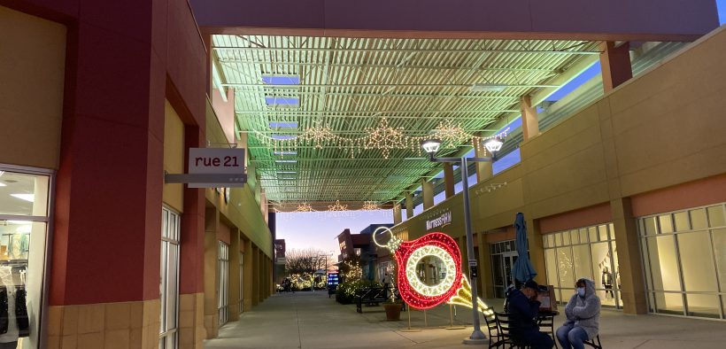 Outlet Shoppes 820x394 1.