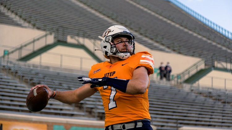 North Texas rally dooms Miners 45-43