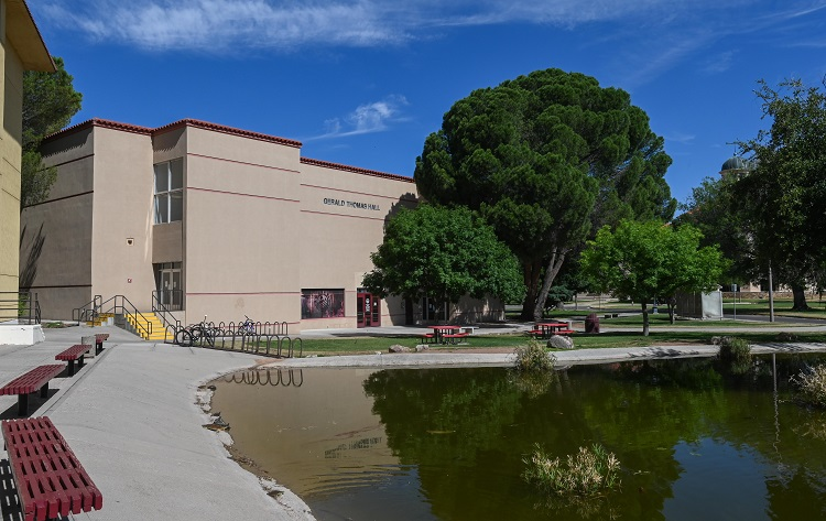 New Mexico State University's College of Agricultural, Consumer and Environmental Sciences will host an online training and certification course designed for food and beverage manufacturing industry professionals.  |   NMSU photo by Josh Bachman