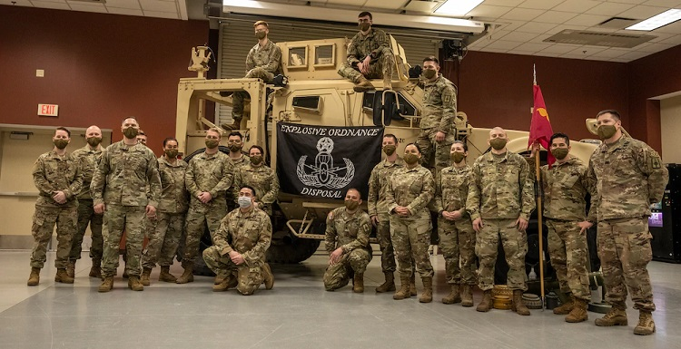 NY Army National Guard bomb disposal experts train at Ft. Bliss before Middle East deployment