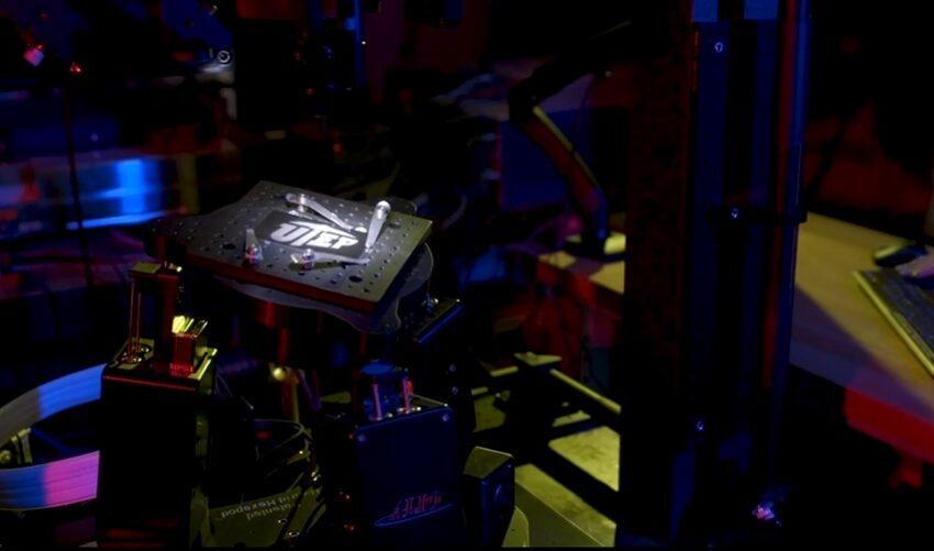 UTEP receives One of Three Femtosecond Laser Machine
