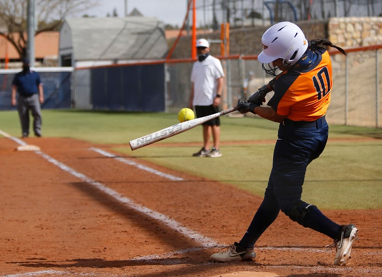 Mendez's hot bat leads UTEP Softball at 2021 Miner Invitational