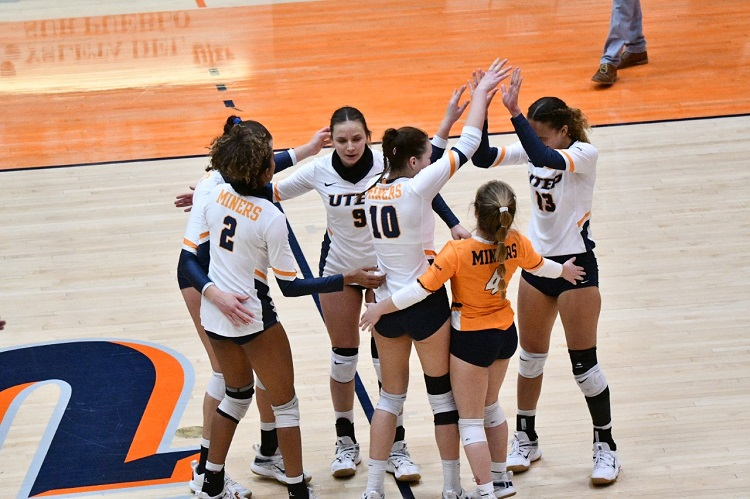 Miner Volleyball sweeps final road series versus LA Tech