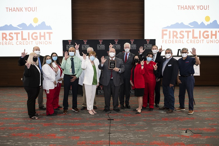 FirstLight Federal Credit Union partners with TTUHSC El Paso; Presents $80k Gift