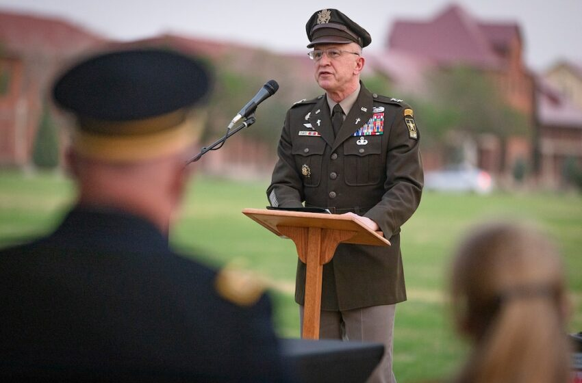Army's top chaplain helps celebrate 'revival of Jewish life' at Fort Bliss
