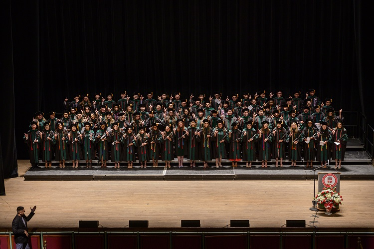 Foster School of Medicine Graduates Honored at Commencement Ceremony
