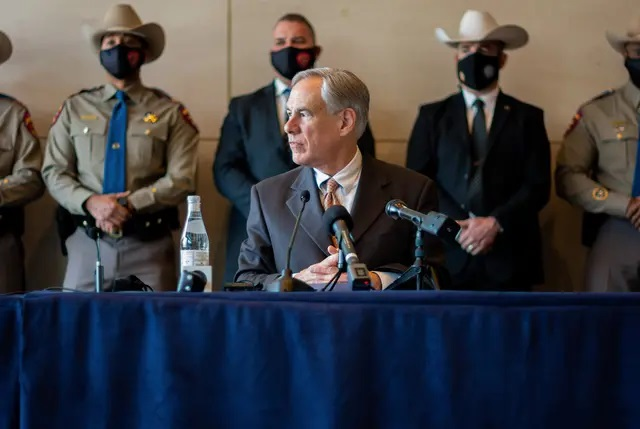 Gov. Greg Abbott holds a press conference in Dallas on March 17, 2021. Credit: Carly May for The Texas Tribune