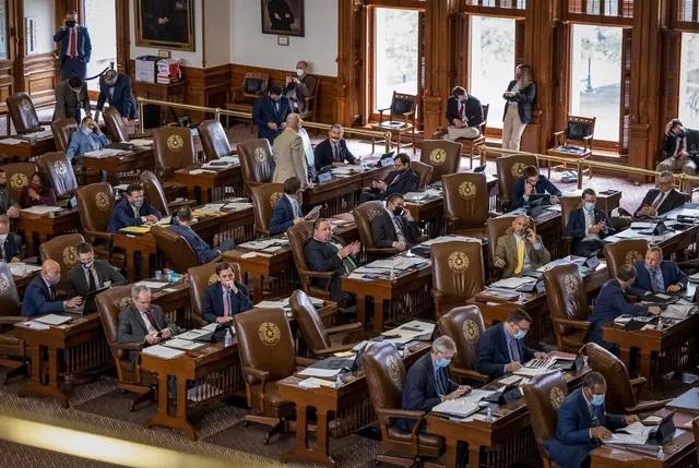 The floor of the Texas House on April 22, 2021. Credit: Jordan Vonderhaar for The Texas Tribune