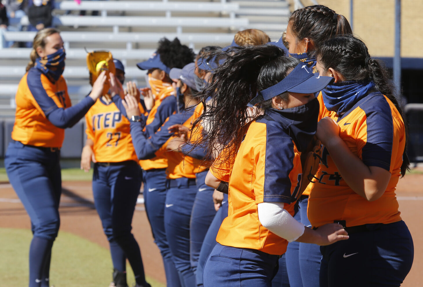 UTEP Softball Team Photo | Photo by Ruben Ramirez