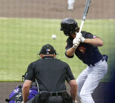 Skeeters sting Chihuahuas 7-2; Doubleheader set for Monday