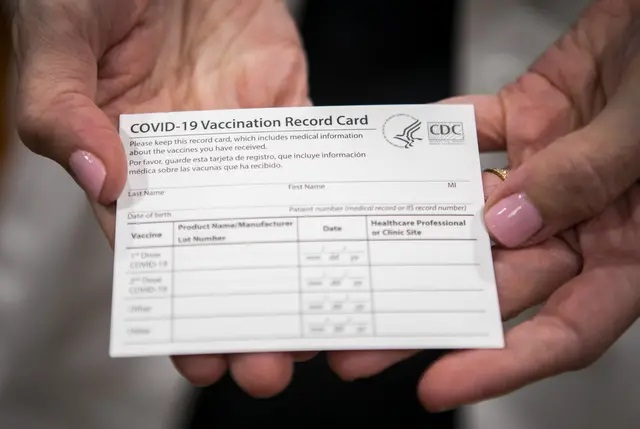 Gov. Greg Abbott signs bill to punish businesses that require proof of COVID-19 vaccination