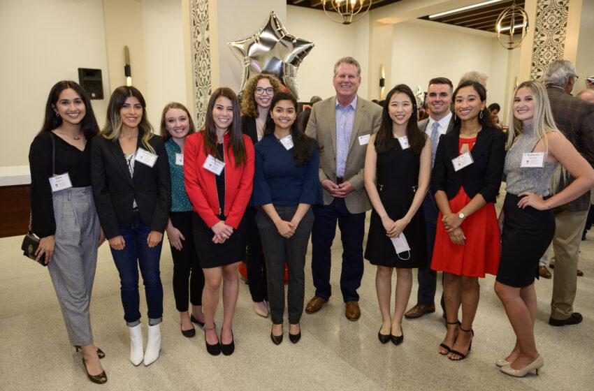 El Paso Dentists welcome Hunt School of Dental Medicine Students to community