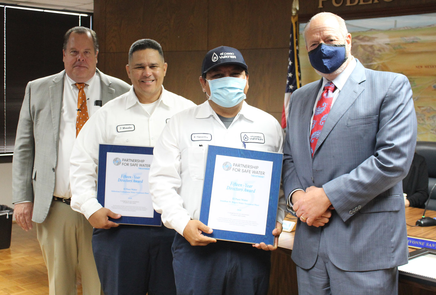 (L to R): John Balliew, EPWater CEO and President; Sal Morales, Assistant Superintendent, Robertson/Umbenhauer Water Treatment Plant; Norbert Hernandez, Assistant Superintendent, Jonathan Rogers Water Treatment Plant; Oscar Leeser, Mayor of El Paso
