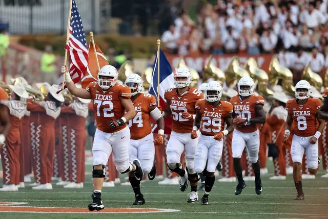 University of Texas announces it won't renew its sports media rights with Big 12, signaling its planned departure