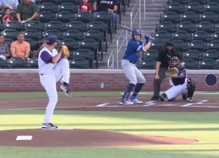 Jesse Scholtens strikes out 9 in 6 innings to set a team season high  |  Clip courtesy EP Chihuahaus