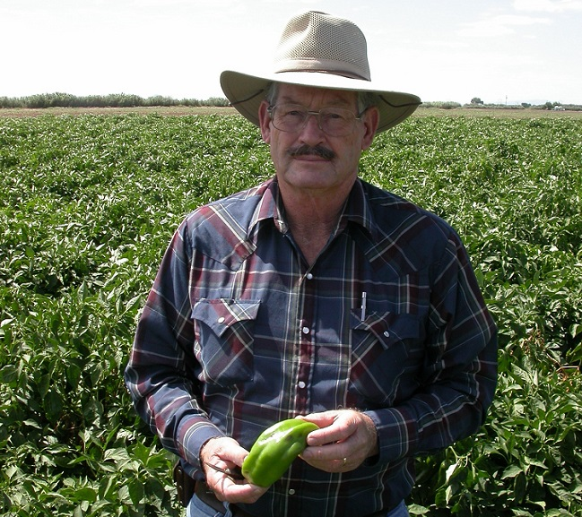 Marvin Clary, a retired agronomist and New Mexico State University alumnus, gave lectures in Soum Sanogo's popular plant disorders class from 2009 to 2015. He passed away in April 2021.  | Photo courtesy NMSU
