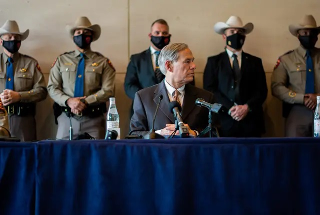 Gov. Greg Abbott at a March press conference in Dallas. Credit: Carly May for The Texas Tribune