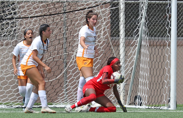 Late score lifts UTEP over UIW 1-0