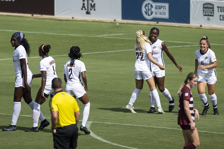 Texas A&M takes down UTEP 4-1; Ngongo scores in 2nd straight game